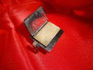 Огонь превращается в конфетти