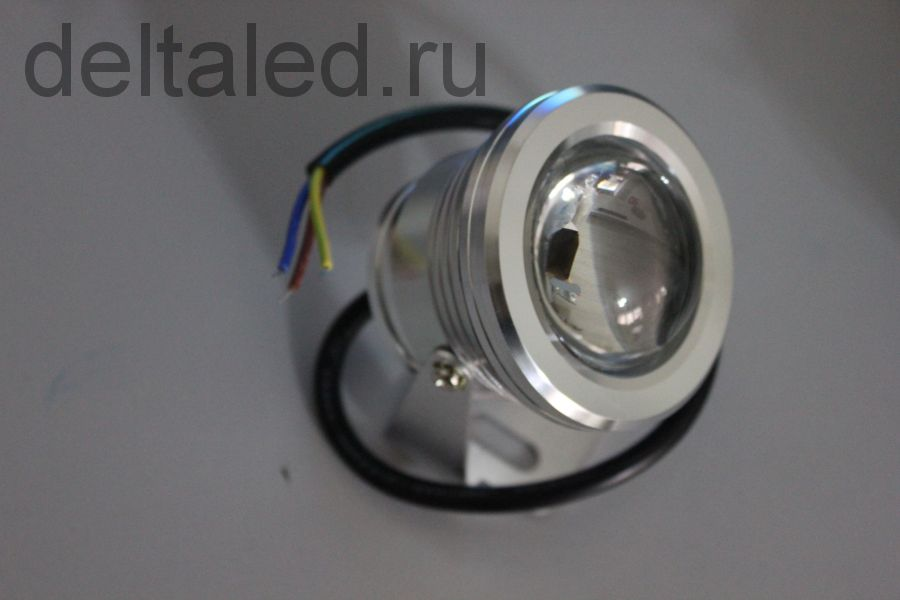 Направленный герметичный прожектор 10 Вт 220 Вольт.