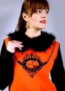пуловер с меховым воротником - http://skazka.enigmastyle.ru/
