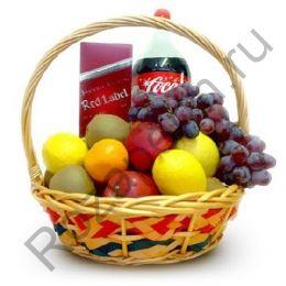 Подарочная корзинка с фруктами, Red label и Coca-cola