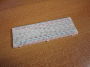 Макетка на 830 контактных отверстий