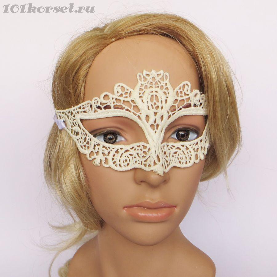 Элегантная белая венецианская маска
