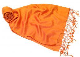 Оранжевый шелковый шарф-палантин (Москва)