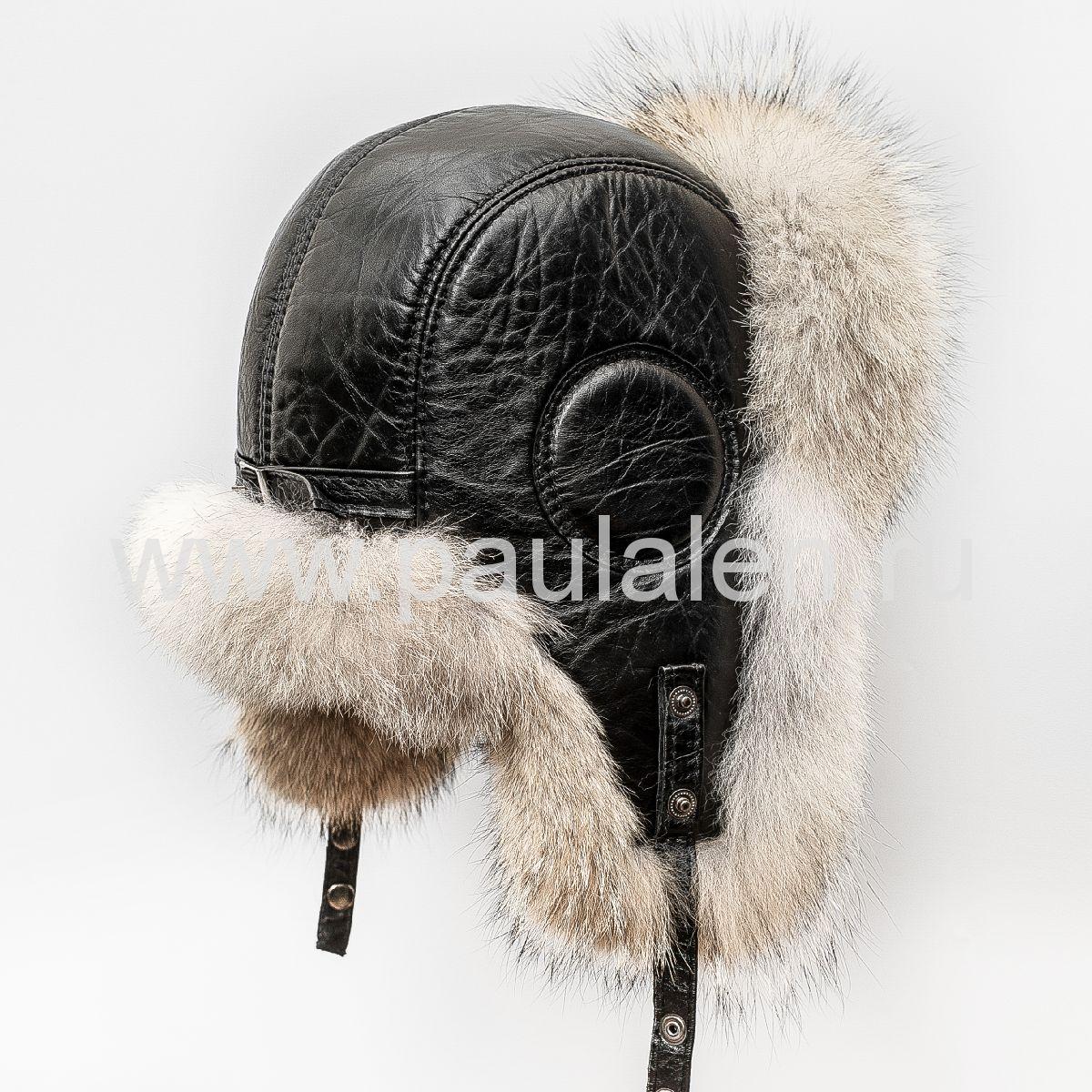 Меховая шапка из волка