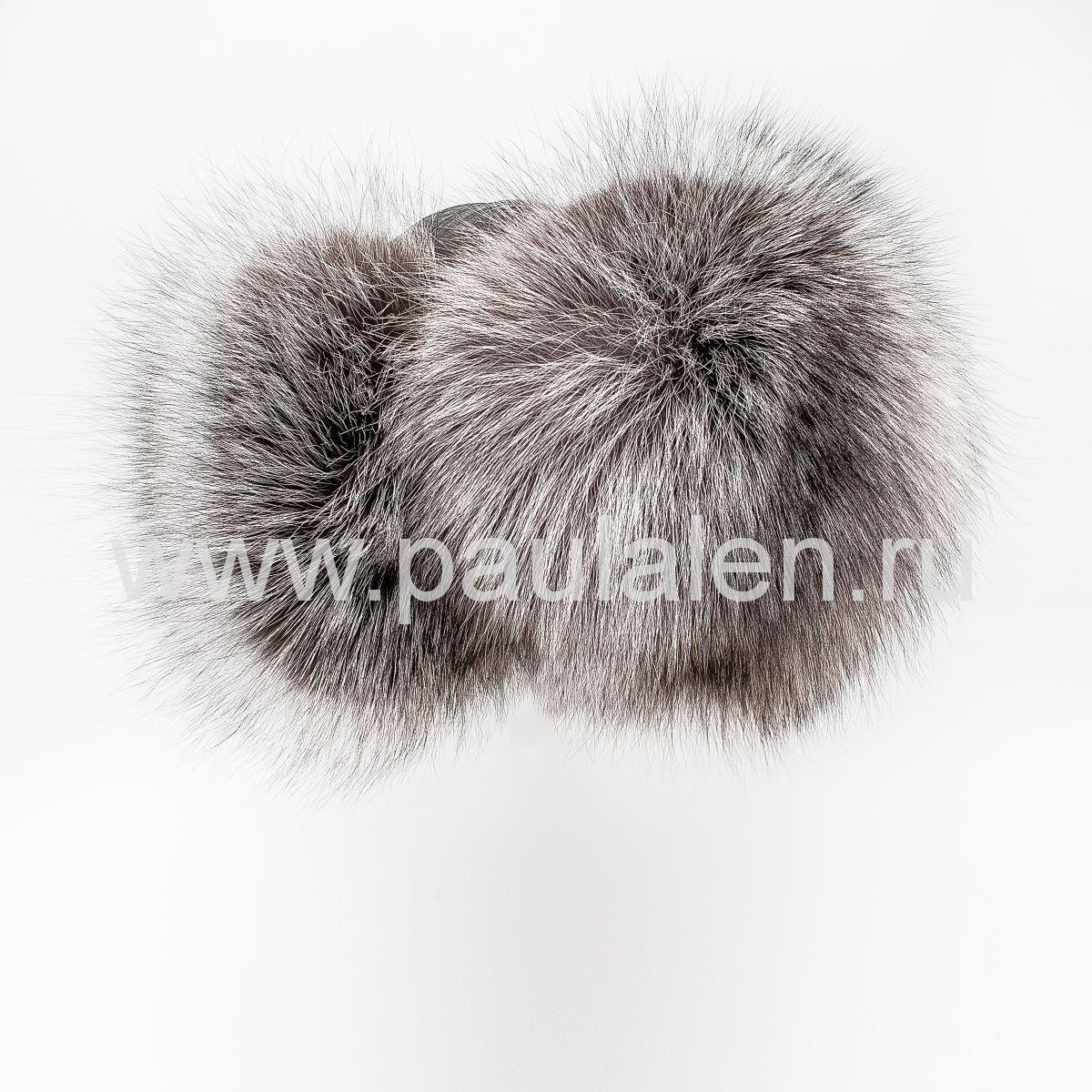 модная меховая шапка из чернобурки