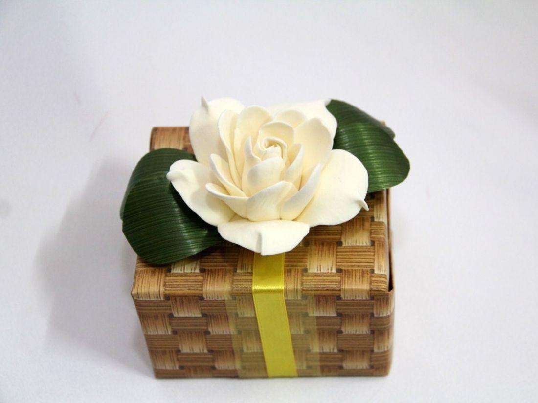 Лепка цветов из глины