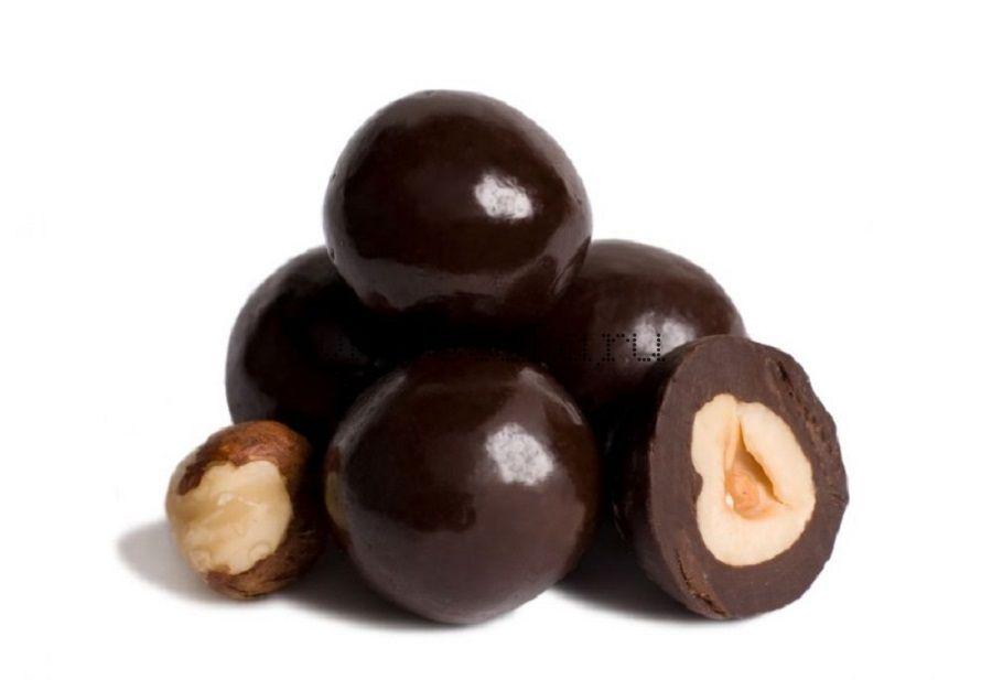 Фундук в темном шоколаде  100гр