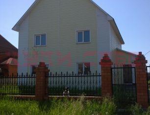 Благоустроенный двухэтажный брусовой дом с. Хомутово ул. Садовая