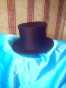 Складная шляпа цилиндр