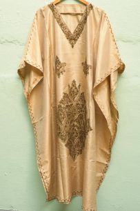 (УЦЕНКА!) Оверсайз платье из шелка песочного цвета (Москва)