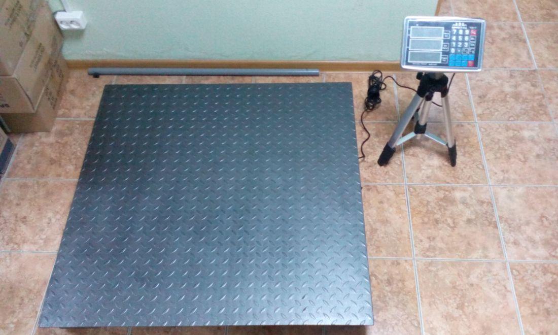 Весы складские платформенные электронные Sprint TCS-1T ( 1000кг. 1000х1000мм)