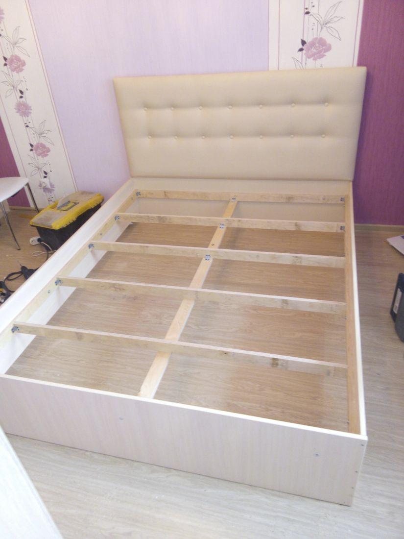"""Кровать 2-х спальная (спинка из кожзама) """"Pегина"""""""