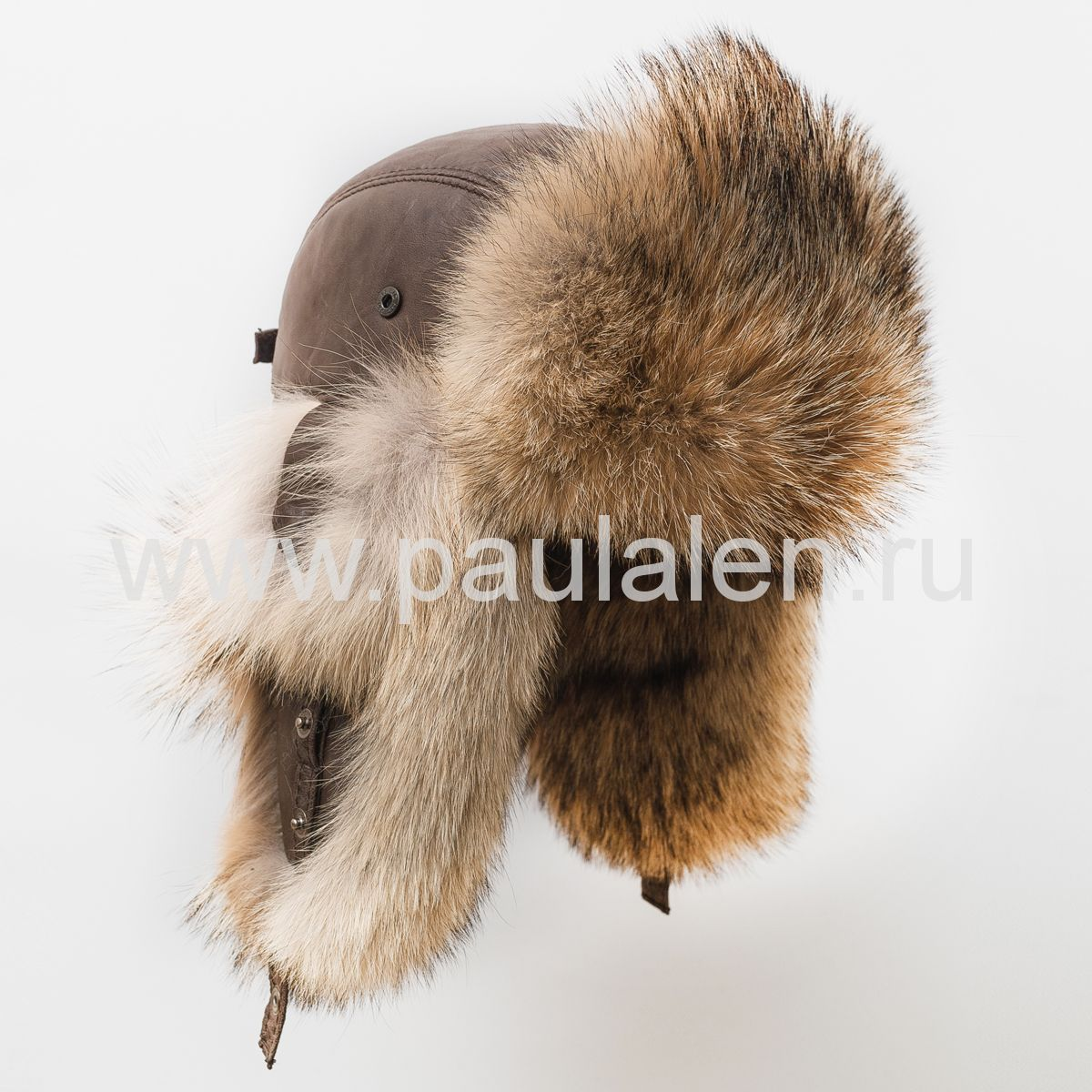 "Мужская шапка ушанка ""Бомбер"" из меха волка B024_K"