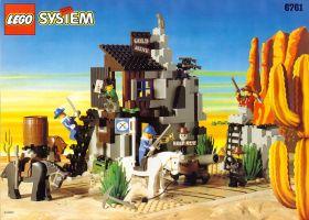 6761 Лего Секретное убежище бандитов