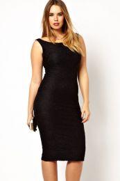 Черное кружевное платье средней длины
