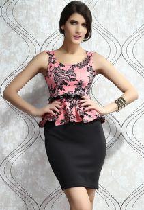 Платье с изящным цветочным узором