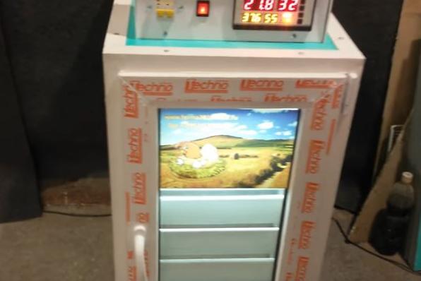 Инкубатор фермерский ТЖУ-440 компакт.