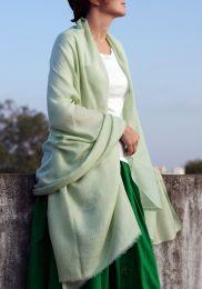 Нежно зелёный палантин из пашмины (кашемира)