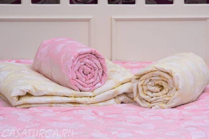 Одеяло Arya Бамбуковое с розами