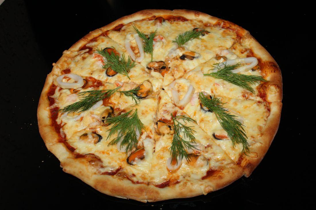 Пицца с морепродуктами (600 гр.)