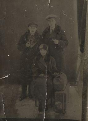 Юрий Шенгер с супругой, Митя Кабалевский (1925-26 г.г.)