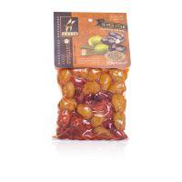 Оливки и маслины греческие ассорти пикантное в вакууме с косточкой Astir - 250 гр с косточкой