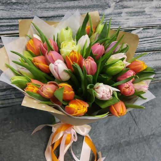 33 пионовидного тюльпана