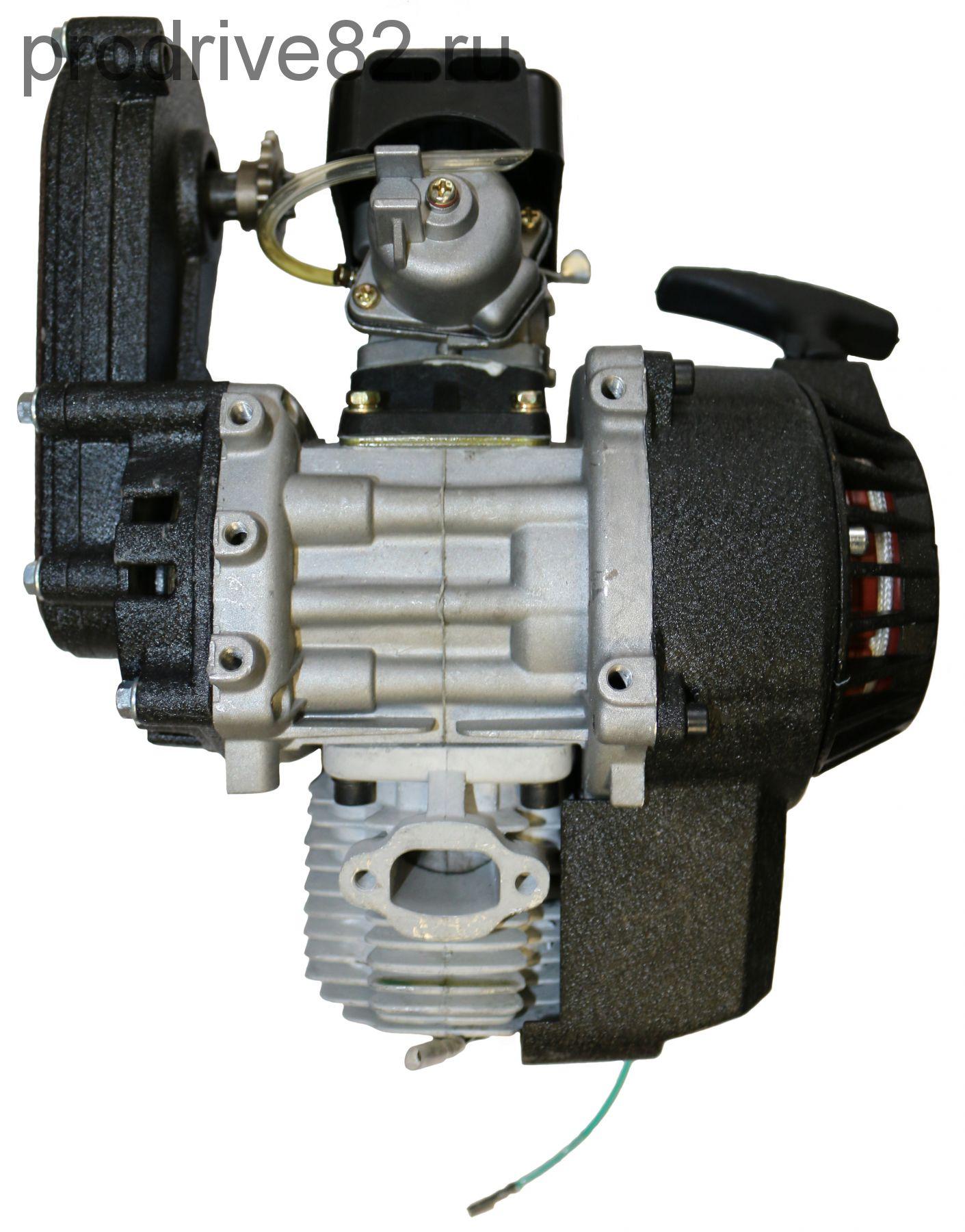 Двигатель в сборе с механическим стартером