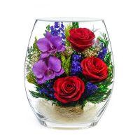 Розы и орхидеи в вакууме