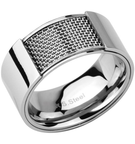 Мужское кольцо из стали