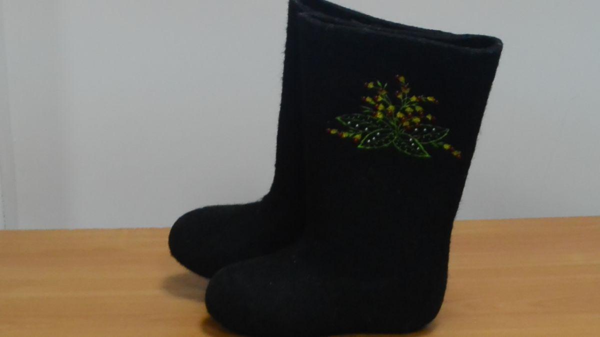 """Обувь валяная """"Кукморские"""" с вышивкой"""