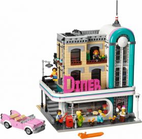 10260 Лего Ресторанчик в центре