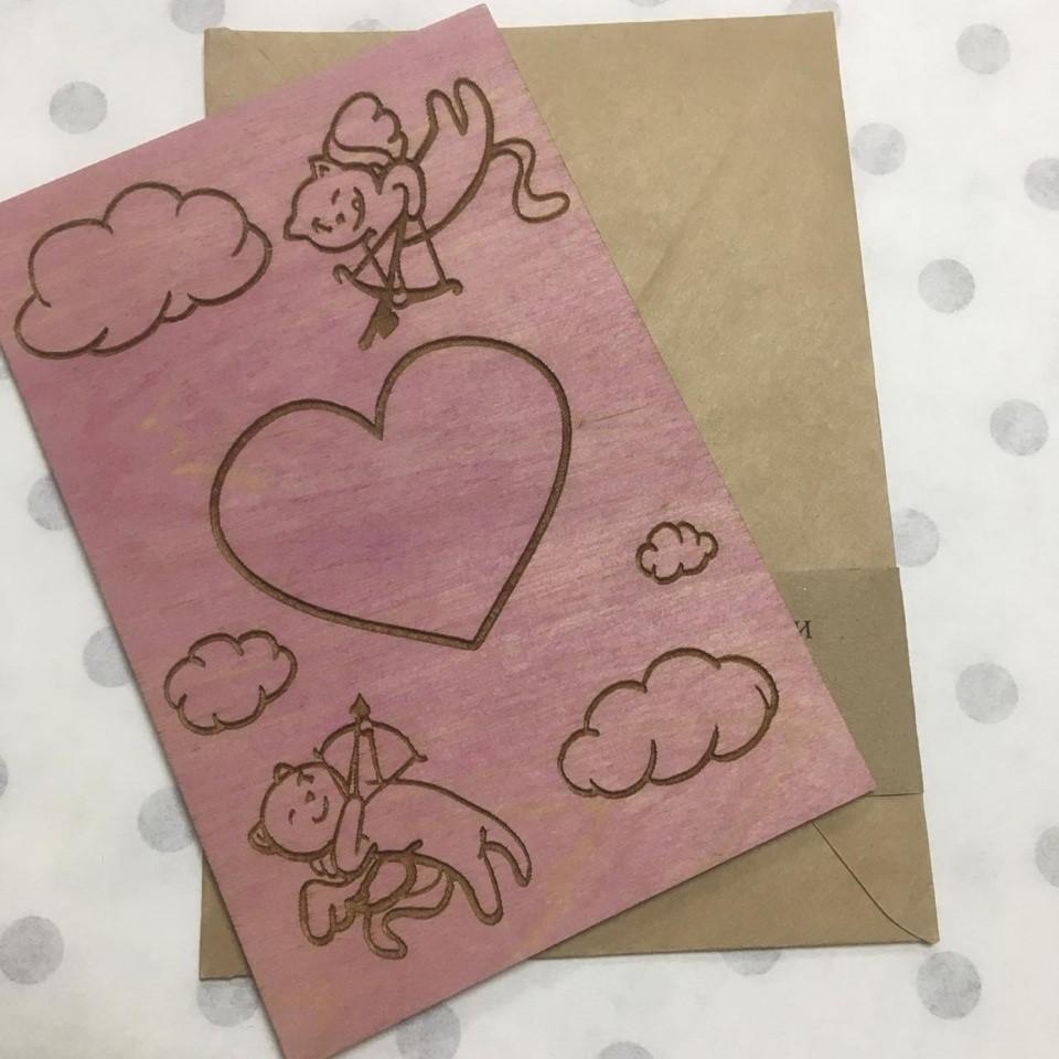 """Деревянная открытка """"Любовь"""" (цвет - розовый)"""