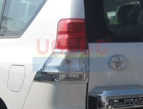 Хромированные накладки на заднию оптику (Тип 1) для Toyota Land Cruiser Prado 150 2010