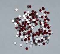 Камни Swarovski красные (размер #3) - 100 штук