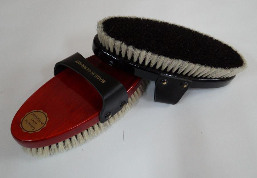Щетка для тела, конский волос на деревянной лакированной основе