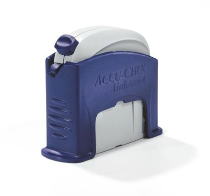 Устройство  Акку Чек Линк Ассист (сертер) для введения инфузионных наборов