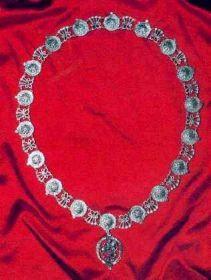 Орден Подвязки — высший рыцарский орден Великобритании