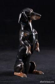 Черная такса, стоящая на задних лапах, миниатюра, Rosenthal, Германия, сер. 20 в