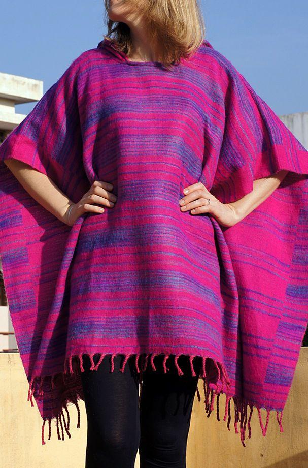 Тёплое пончо с капюшоном, для заказа доступен фиолетовый цвет (отправка из Индии)