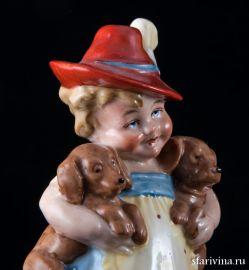 Девочка с двумя щенками, Wagner & Apel, до 1949 года