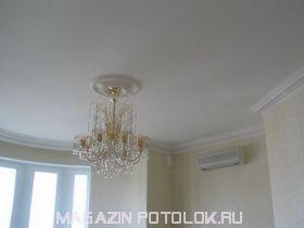 Натяжной потолок матовый без швов