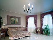Натяжной потолок в зал 20 кв.м., сатиновый без швов