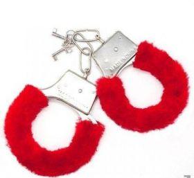 Наручники меховые с ключом