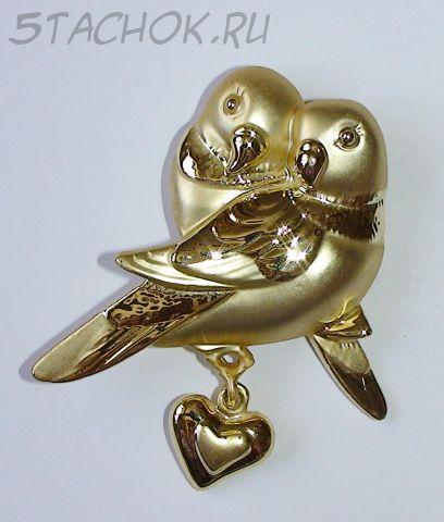 """Брошь """"Влюбленные птички"""" под золото"""
