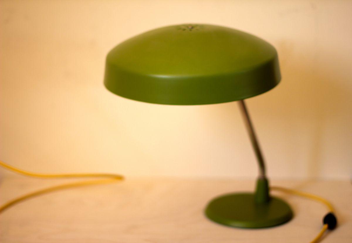 Лампа настольная зеленая
