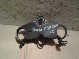 верхняя траверса  Honda  CBR600