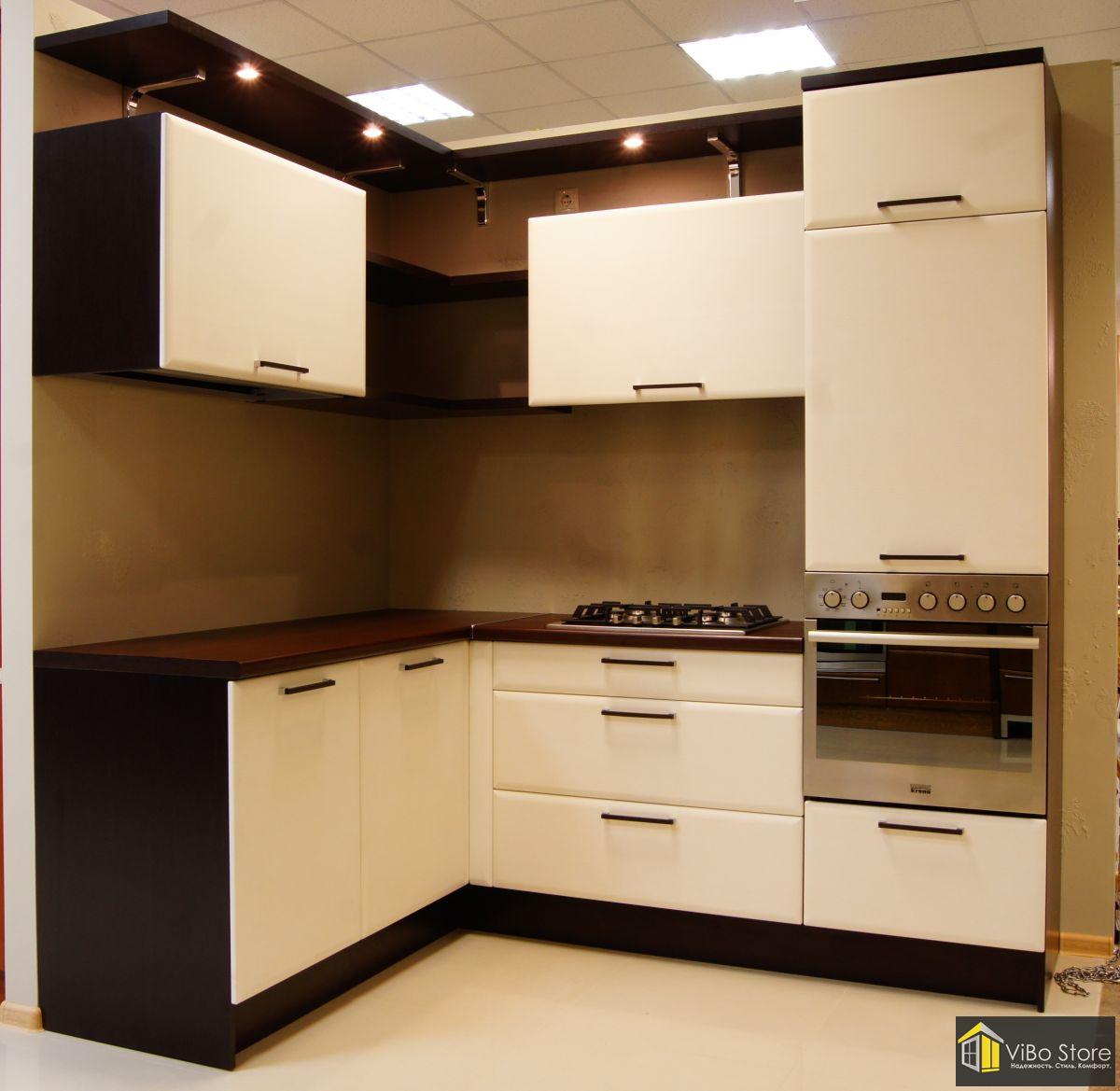 Угловая кухня из МДФ светло-темная