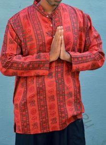 Красная рубашка с омчиками