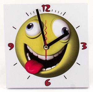 """Часы """"Смайлик с языком"""""""